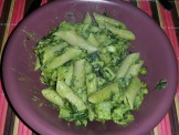 Purslane peas pesto